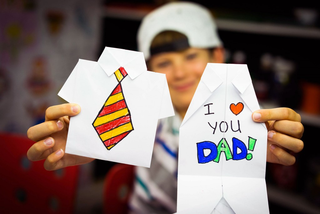 How To Fold An Origami Shirt As A Father's Day Card